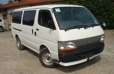 Good used 2004 Toyota Haice Bus for sale