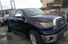 Clean Toyota Tundra 2010 Blue for sale