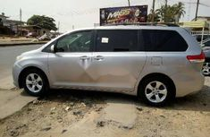 Well maintained 2013 Toyota Sienna for sale
