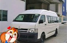 2015 Clean Toyota Hiace bus for sale