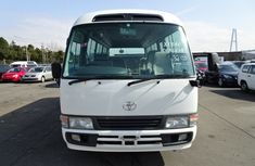 Tokunbo Toyota Coster bus 2005 model for sale
