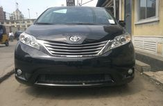 Foreign used Toyota Sienna 2014