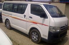 2000Toyota Hiace bus for sale