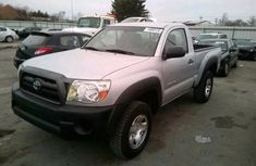 2010 Clean TOYOTA Tundra for sale ac/filtered