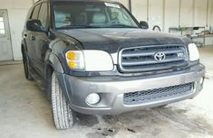 2003 tokunbo Toyota Sequoia XLE FOR SALE