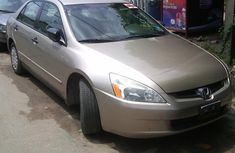 Neat Honda Accord gold 2006 for sale