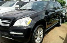 Almost brand new Mercedes-Benz GL450 Petrol 2012