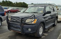 2001 clean tokunbo Toyota Sequoia for sale