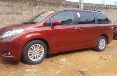 2011 Toyota Sienna Automatic Petrol well maintained