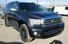 2013 direct tokunbo Toyota Sequoia deep black for sale