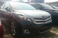 A clean tokunbo Toyota Venza 2014 for sale