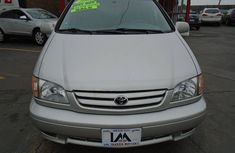 Clean Toyota sienna for sell 2002 model