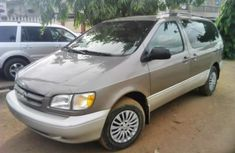 1998 Toyota Sienna Automatic Petrol well maintained