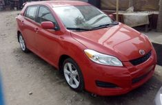 Clean 2004 Toyota Matrix Red for sale