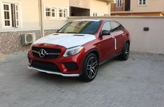 Neat Mercedes Benz GLE450 red 2011 For sale