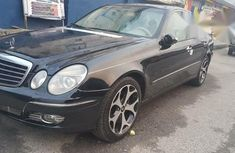 Well maintained Mercedes-Benz E320 2006 for sale