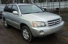 2002 clean Toyota Highlander FOR SALE