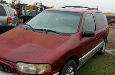 Clean Mercury Villager 2000 Red for sale