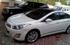 Hyundai Genesis 2014 White for sale