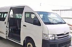 2009 clean Toyota Hiace bus for sale