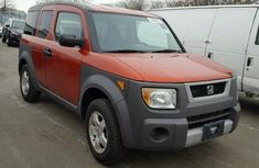 Very Clean Honda Element 2003 FOR SALE