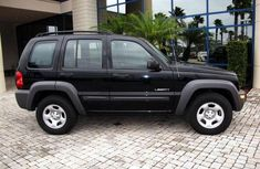 Liberty Jeep 2004 model for sale
