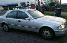 Auction MERCCEDES- Benz 200 2001 FOR SALE