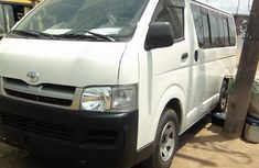 2004 Toyota Hiace bus FOR SALE