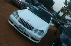 Mercedes-benz C230 2007 White For Sale.