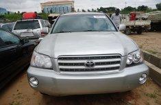 2001 Toyota Highlander sliver FOR SALE
