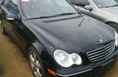 Clean Mercedes Benz 2010 Black for sale