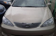 Toyota Camry 2004 grey model in good condition for sale