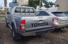 Very clean Toyota Hilux 2010 FOR SALE