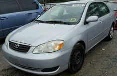 Very clean Toyota Corolla 2000 FOR SALE