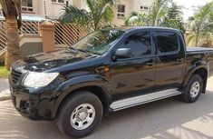Standard Toyota Hilux 2010 FOR SALE