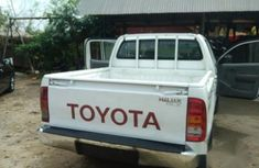 Toyota Hilux 2008 White for sale