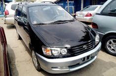 Good used 2000 Toyota Picnic for sale