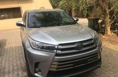 2017 Toyota Highlander for sale in Lagos