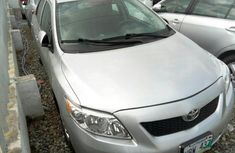 Almost brand new Toyota Corolla Petrol 2010 for sale
