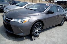 2015 Toyota Camry Automatic Petrol well maintained for sale