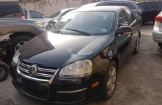 Almost brand new Volkswagen Jetta Petrol 2009 for sale