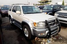 Toyota 4-Runner 2000 in good condition for sale