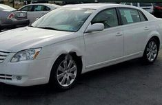 Toyota Avalon 2005 Automatic Petrol ₦1,950,000 for sale