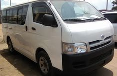 Clean Toyota Hiace 2009 White bus for sale with full auction