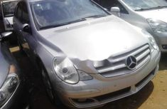 Mercedes-Benz R350 2010 Automatic Petrol ₦4,500,000 for sale