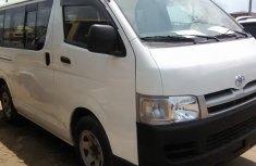 Clean Toyota Haice bus 2005 White for sale
