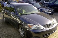 Clean Toyota Camry black 2003 for sale