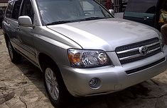 Clean Toyota Highlander 2006 Silver for sale with full auction