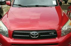 Clean Toyota RAV4 red 2005 for sale