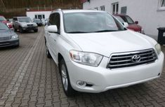 Clean Toyota Highlander 2008 White for sale with full auction